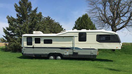 5th Wheel RV rental - Avion